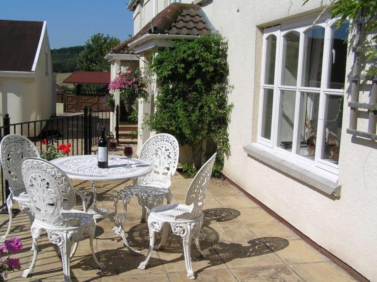 Jasmine cottage courtyard patio