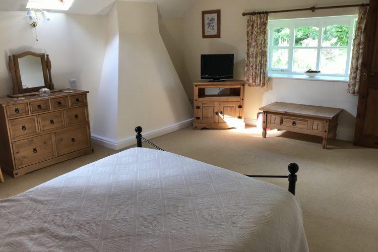 Wisteria cottage main bedroom