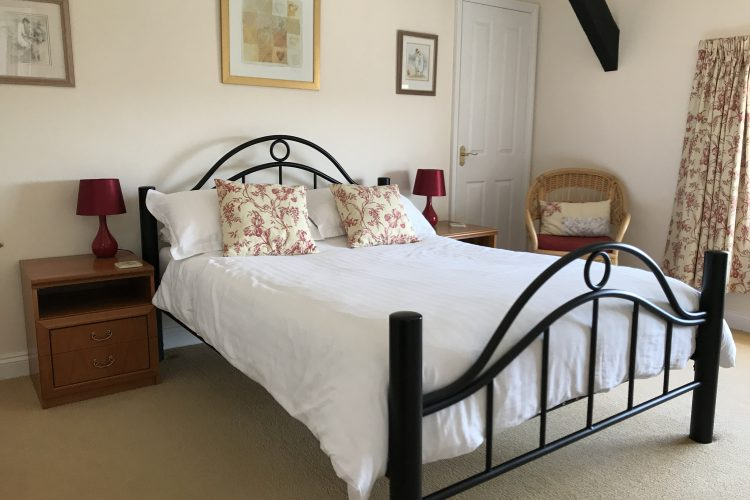 Jasmine cottage double bedroom