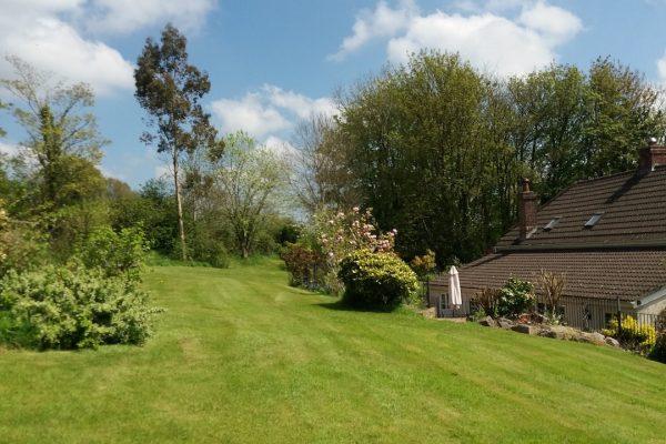 Odle Farm - Gardens and views 12